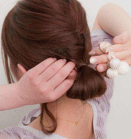 梅雨対策!ロング向け♥くせ毛でもしっかりまとまる簡単ヘアアレンジ  ヘアスタイル curet [キュレット]   おしゃれな女の子のためのWEBマガジン